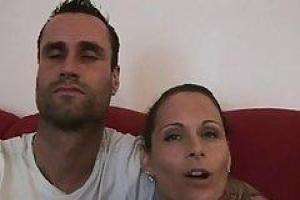 Муженек на пару с негром расписал свою супругу