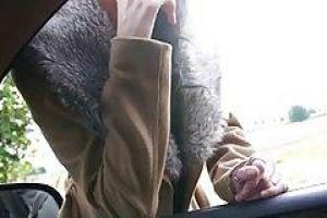 Подозрительный парень следит за супругой и трахает ее в гостинице